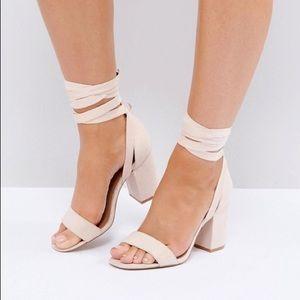 ASOS Howling Tie Leg Block Heeled Sandals Sz 9